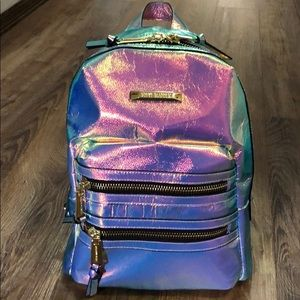 Super cute, small Iridescent backpack 🎒
